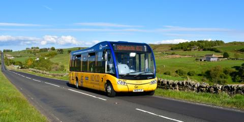 AD122 bus