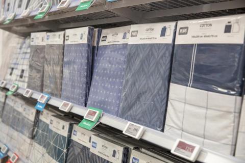 Alte Umverpackung aus Plastik, Preise in DKK