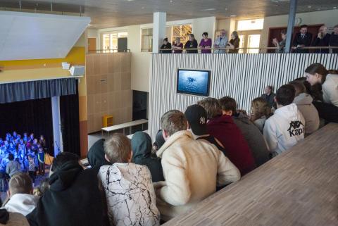 Høstutstillingen får satellitt i Valnesfjord