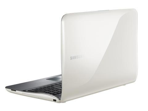 Vågat om Samsungs nya tysta bärbara datorer