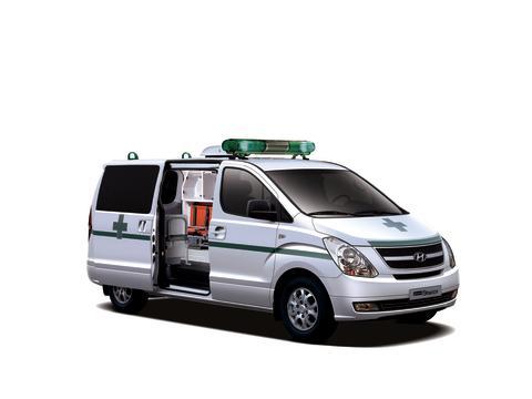 Donerer ambulanser til bekjempelse av ebola