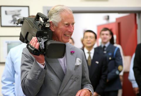 Książę Walii upamiętnia 40-lecie obecności Sony w Walii