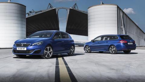 Årets Bil i två GT-utföranden: bilglädje för entusiaster