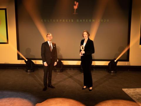 mallwitz-joana-statue-kulturpreis-bayern-2020-copyright-simon-leibl
