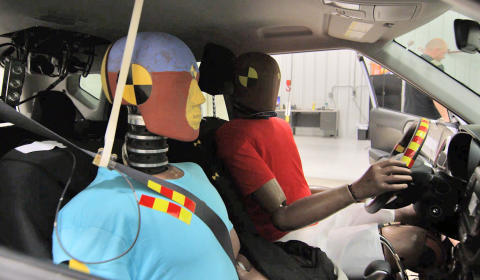 HMG intorduces world's first multi-collision airbag system_2