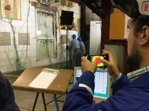 Die Live-Großbrandprüfung im Brandprüfzentrum des MPA NRW in Erwitte ist das traditionelle Highlight des Brandschutztages. (jpg)