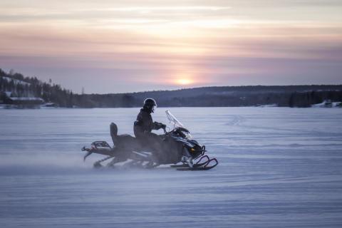 Hurtigruten introduces battery powered snowmobiles