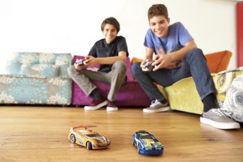 Hot Wheels präsentiert:  Hot Wheels Ai – das intelligente Racing-System mit noch nie da gewesener Renn-Action!