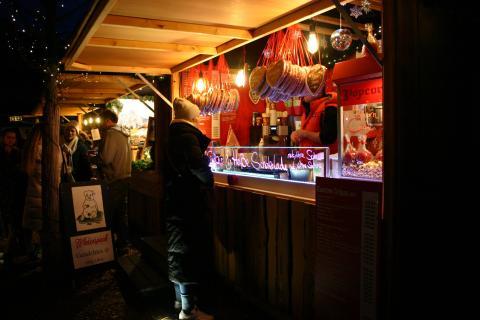 Essensstand auf dem Westerländer Wintermarkt