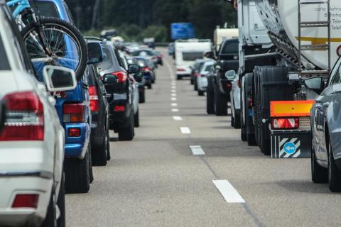 Commuters could gain more than 55 extra hours of sleep annually  if it weren't for traffic jams