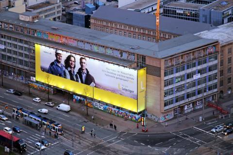 Werbekampagne - Blow Up an der Alten Hauptpost