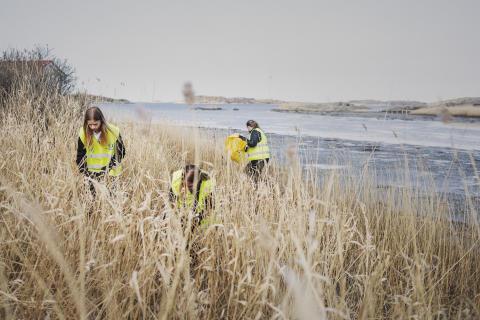 Kraftigt höjda ambitioner för svensk kuststädning