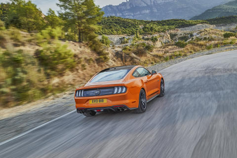 FORD_2019_MUSTANG_55_02