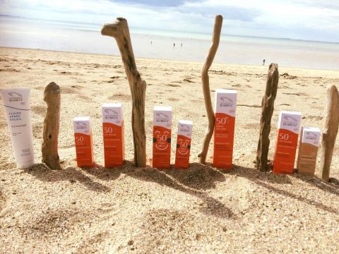 ALGA MARIS™ - Solprodukterna skyddar huden med patenterad algextrakt