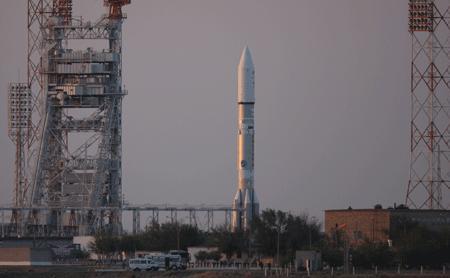 EUTELSAT 9B : décollage prévu le 28 janvier à bord d'une fusée Proton