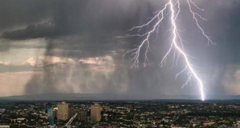 Wohngebäudeversicherer zahlten knapp 1,2 Milliarden Euro für Sturm-, Hagel- und Starkregenschäden