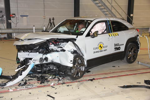 Mazda MX-30 - Mobile Progressive Deformable Barrier test 2020 - after crash