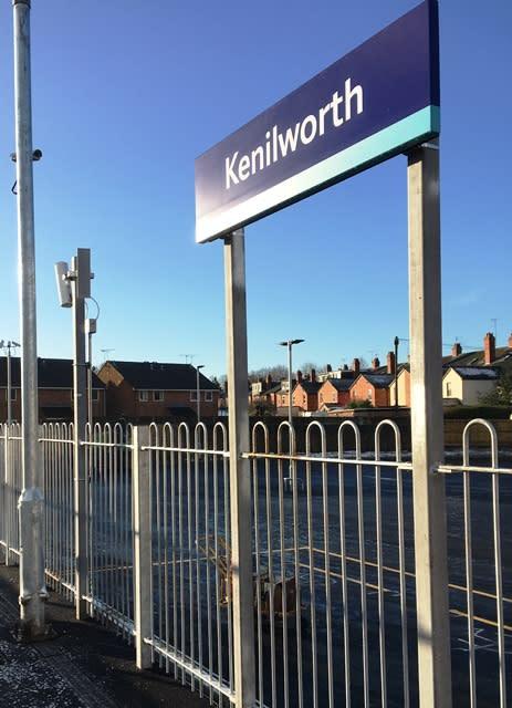 Kenilworth platform sign