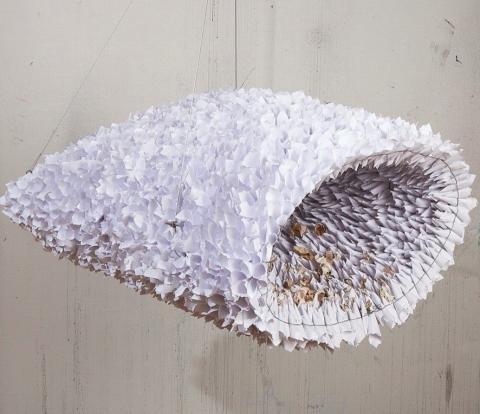 Heidi Glattre skapar ett metaspråk av papper