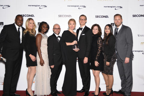 Jessica Sundquist with the Norwegian team on the red carpet at the 2017 Moves Power Women Gala