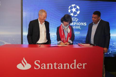 Santander ab Juli 2018 offizieller Sponsor der UEFA Champions League