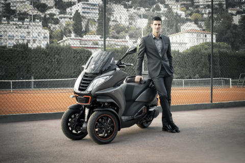 Novak Djokovic ny ambassadör för Peugeot