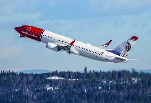 Norwegian aircraft 737-800