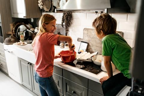 Norske barn mest fornøyd med oppfølging fra skolen i koronatiden