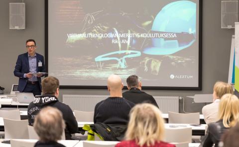 Sisältö ja virtuaaliteknologia kohtaavat työturvallisuuskoulutuksessa – lisäävät koulutuksen vaikuttavuutta