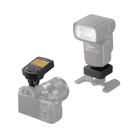 Sony présente un prototype de son nouveau système de flash sans fil au salon Photography Show 2016