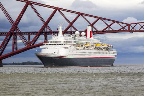Fred. Olsen's 'Black Watch' to commence cruise season from Rosyth, Edinburgh in Summer 2017