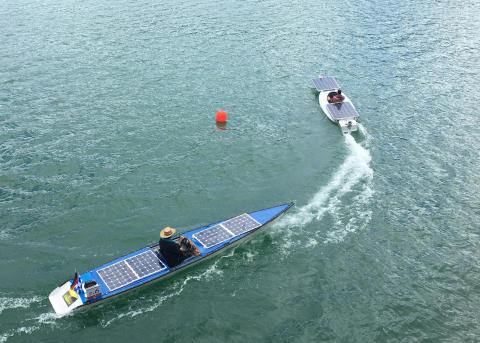 Team der TH Wildau siegte bei der 7. Solarboot-Regatta am 30. Juni 2018 auf dem brandenburgischen Werbellinsee
