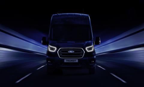Ford představí v Hannoveru novou generaci užitkových vozů Transit s elektrifikovaným pohonem a zabudovanou konektivitou