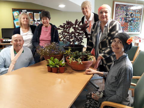 Hospice Care Week: The benefits of gardening for health and wellbeing at ellenor...