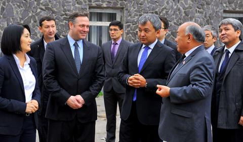 Kirgisische Republik setzt beim Übergang zum digitalen Fernsehen auf Eutelsat