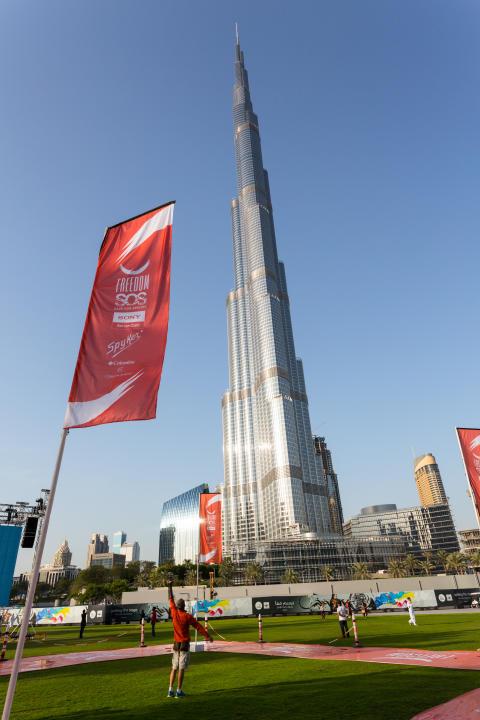 Adlerflug_Burj Khalifa_Freedom_von Sony_06