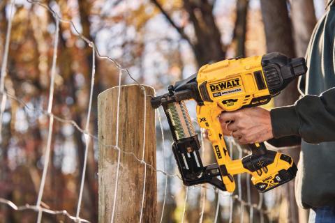 DEWALT® Announces 20V MAX* Cordless Fencing Stapler