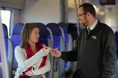 Bussförare, tågvärdar och fordon får höga betyg i Skånetrafikens senaste kvalitetsmätning