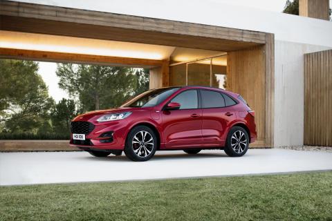 Ford představuje nové SUV Kuga – první model značky, který bude nabízen jako mild-hybrid, plug-in hybrid i full-hybrid