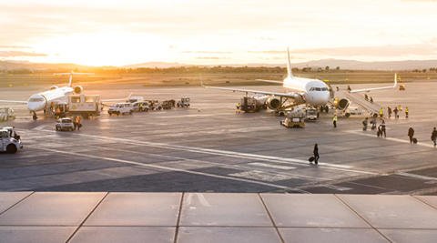 3 tips for including charter flight services in your travel program