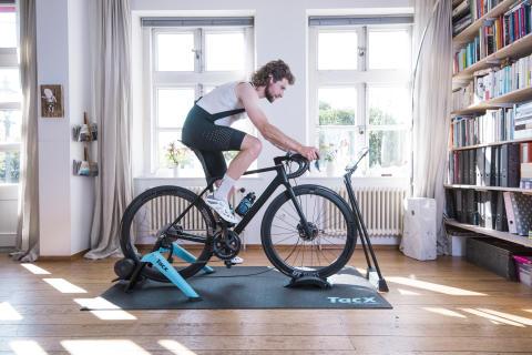 Durch effizientes Indoor-Bike-Training auch im Winter fit bleiben
