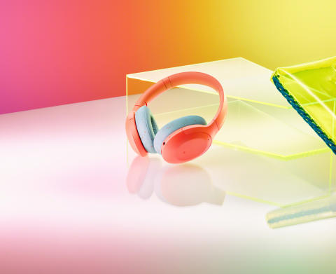 Colour your life with rich sound on Sony's new h.ear headphones and new streaming compatible Walkman®