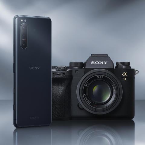Xperia 5 II_Camera_Main_blue_1.1
