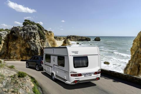 B96 - Vereinfachter Anhängerführerschein bei Fendt-Caravan