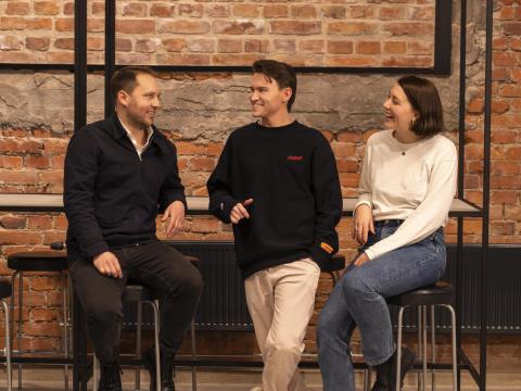 Berghs stärker upp och rekryterar ny marknadschef, projektledare/affärsstrateg och digital kreatör.