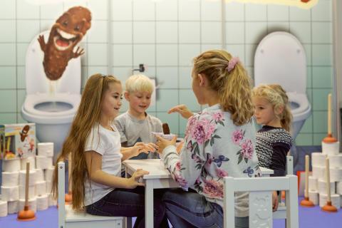 Mattel Games - Spiel Essen 18: KACKA-ALARM
