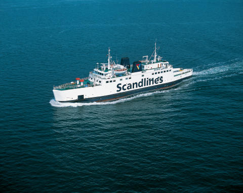 Scandlines-færge markerer starten på Farø Broløb 2015