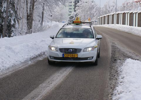 Taxi Göteborg fördjupar sitt samarbete med NIRA Dynamics för att öka säkerheten på vägarna i västra Sverige