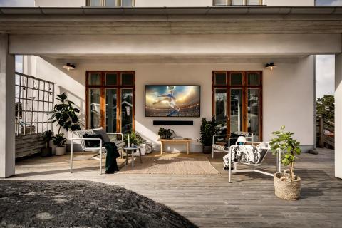 Endelig lanseres Samsungs utendørs-TV The Terrace i Norge