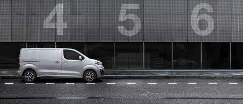 Nya Peugeot Expert tar ett kliv in i framtiden